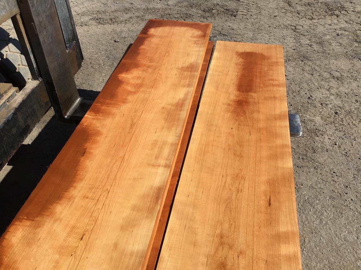 wide walnut, unsteamed walnut, hardwood tops